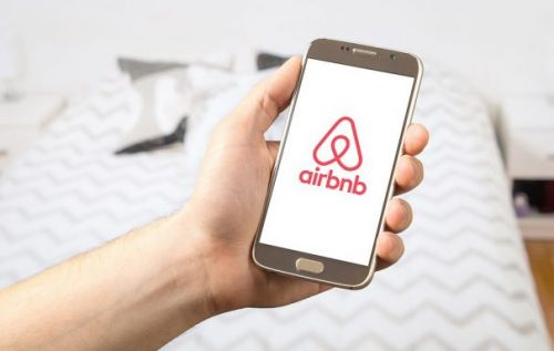 Airbnb now takes restaurant reservations in 16 US cities