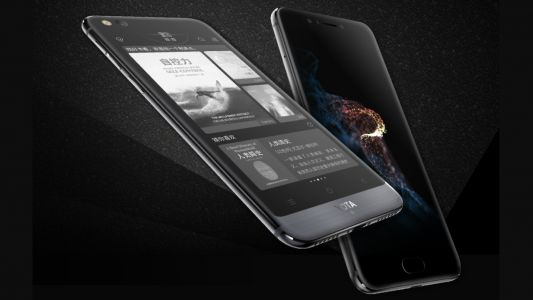 Dual-screen YotaPhone 3 is finally official and it's just as kooky as the last two