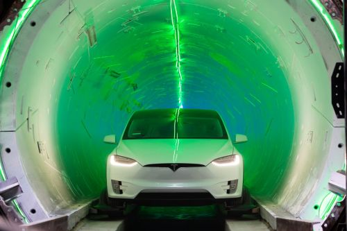 I took a ride through Elon Musk's new tunnel in California
