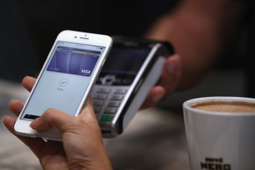Apple Pay now available in the UAE