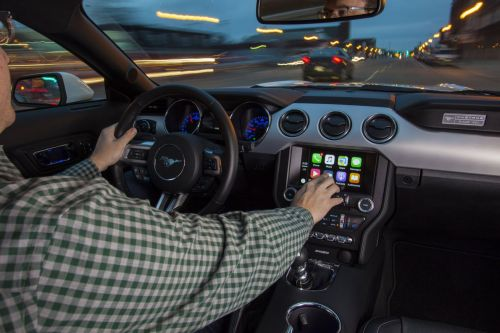 Here's what Google Maps looks like running on Apple CarPlay
