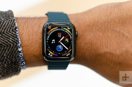 Fitbit Versa vs. Apple Watch Series 4: Which wearable is the best?