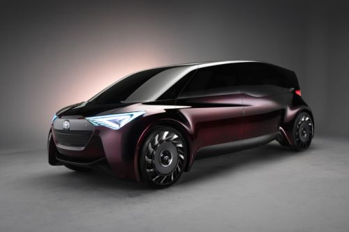 Toyota's 'Fine-Comfort Ride' fuel cell concept aims for long-range flexibility