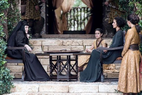 Under Chinese censorship, Game of Thrones becomes a mundane 'medieval documentary'