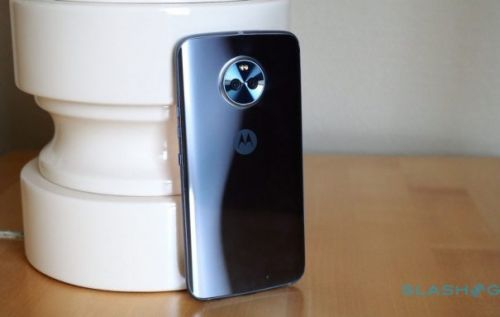 Unlocked Moto X4, sans Android One, still coming to the US