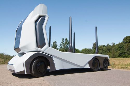 This electric driverless logging truck can carry up to 16 tons of timber