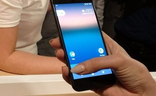 HTC and Google in $1.1bn tie-up