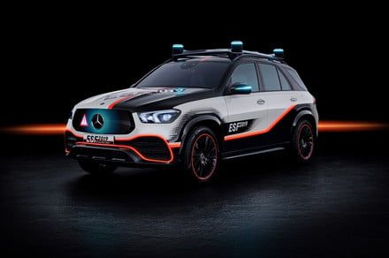 Mercedes-Benz safety-car concept monitors the road ahead and your kids