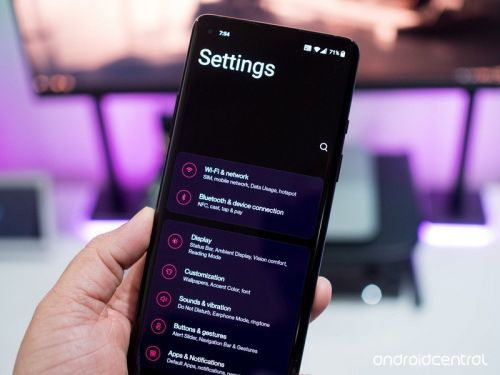 With OxygenOS 11, OnePlus ditches stock Android for One UI