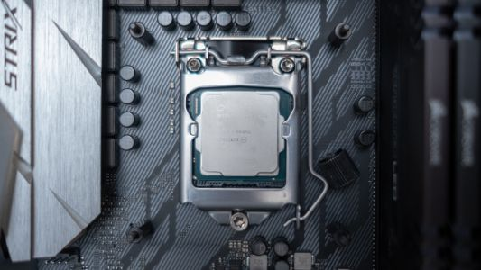 Intel says Ice Lake is on target, and even faster 7nm CPUs will arrive by 2021