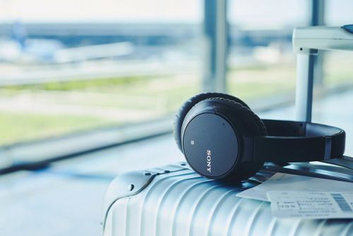 Sony noise cancelling headphone refurbs are back in stock at $50 off, but they're about to sell out