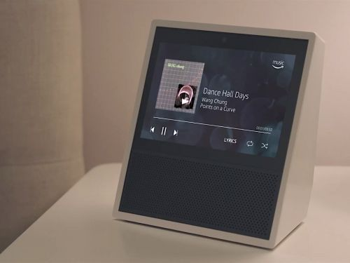 Here's why I fell in love with Amazon's $150 Echo Show smart speaker and how it helped me organize my life
