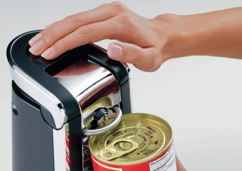 This $30 one-touch can opener has 4,500 5-star reviews on Amazon