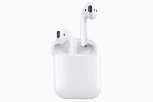 Apple's new Wireless Charging Case works with your old AirPods too