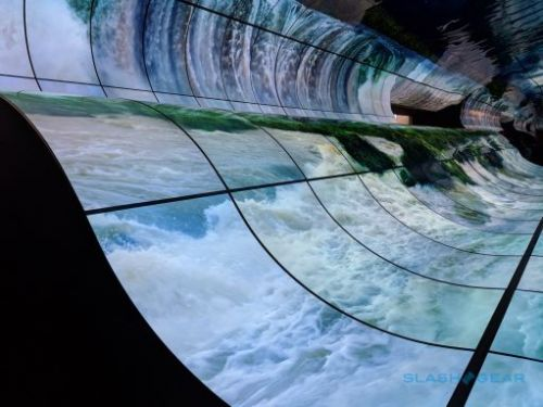 LG OLED Falls is the mesmerizing CES 2019 display the tech was born for