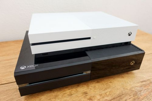 Microsoft contractors have listened to voice recordings from the Xbox One