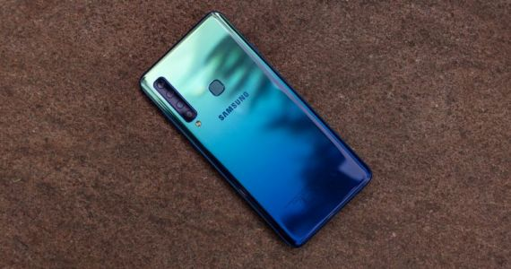 All 4 cameras on the Samsung Galaxy A9 are disappointing