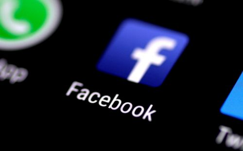 Just a handful of Facebook likes can tell if you are gay or straight, study says