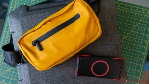 Side pocket Fanny pack: Wireless charge your phone while defying the laws of style