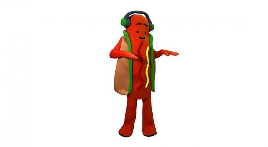 Snapchat's dumb dancing hotdog is now an $80 Halloween costume