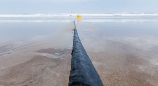 Microsoft and Facebook just laid a massive cable across the Atlantic Ocean to make your life better