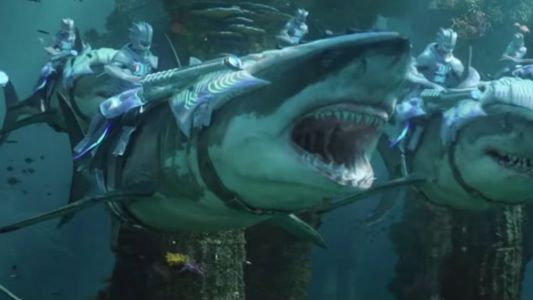 This Japanese Trailer For AQUAMAN Shows More Underwater Battle Action!