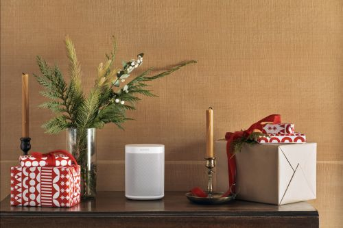 Sonos' Black Friday deals feature the One and Beam speakers