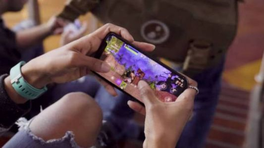 Fortnite mobile stability update: Some items may briefly disappear