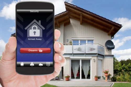 Home security systems vs. smart home systems: How to choose the right DIY platform