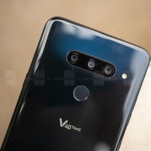 Unlocked LG V40 ThinQ scores $200 discount while still on pre-order