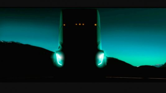 Former trucker raises some interesting concerns about Tesla's new semi-truck