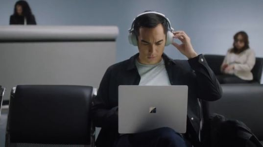 Surface Headphones may help Microsoft cross platform barriers