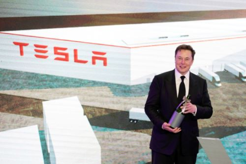 Elon Musk Urges Tesla Employees to be 'All Hands on Deck' in a Leaked Email as He Reveals His Plans to Dominate the California Market Yet Again