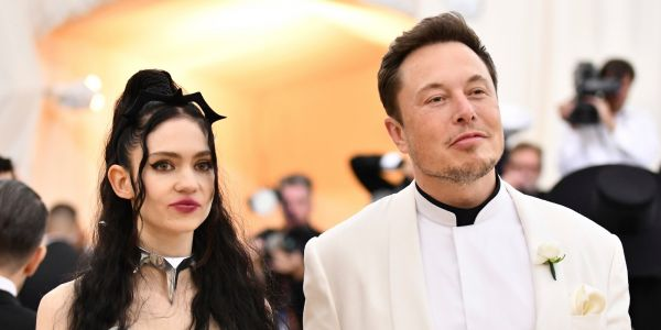 It looks like Elon Musk and Grimes stopped following each other on Instagram and Twitter
