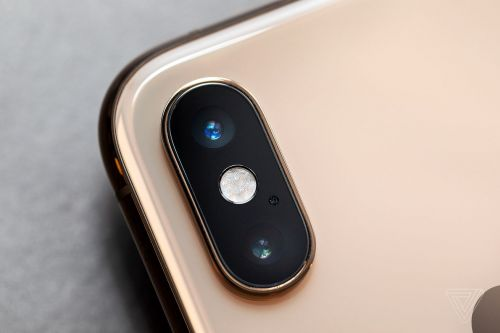 The iPhone XS camera beats the iPhone X, but not the Pixel 2