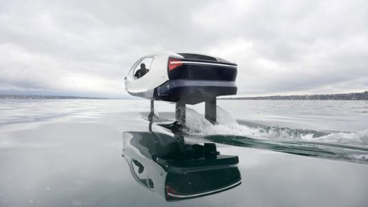 This $200,000 All-Electric Boat Lets You 'Fly' on Water