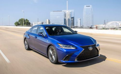 2019 Lexus ES: 5 things you should know