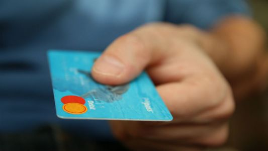 Contactless topples Chip & Pin as UK's top payment choice