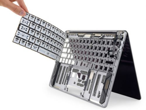 New MacBook Pro keyboards get torture tested, can still be ruined by a grain of sand
