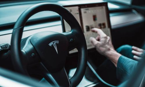This Tesla Version of Fitbit Can Show You if Your Electric Vehicle is Being Powered by Coal or Renewables