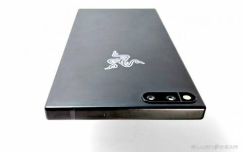 Razer Phone OG will be getting Android Pie after all