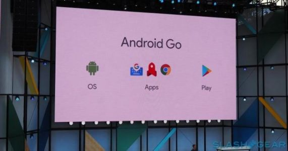 Google should stop Samsung from ruining Android Go