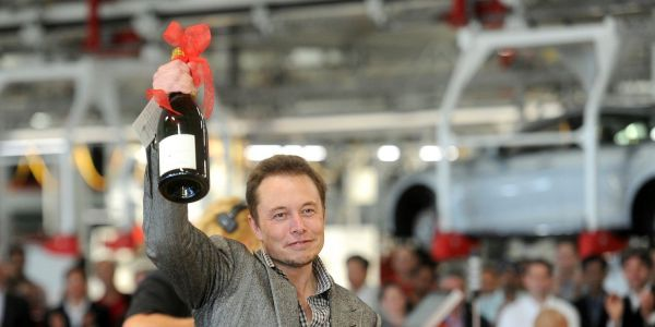 Giant tech firms like Uber and Tesla are lapping up junk debt, here's why investors are lining up to lend it