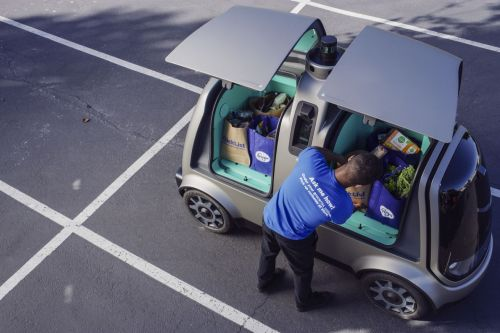 Robot cars start delivering groceries in Arizona