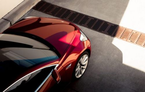 Tesla rolls out remote speed limiting feature expanding on Valet Mode