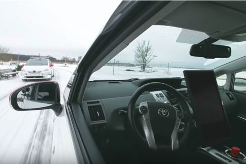 Watch this self-driving car navigate the snowy streets of Moscow