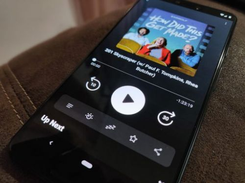 Pocket Casts 7 update finally makes queuing easy