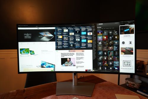 Dell's 40-inch curved monitor is perfect for a home office command center