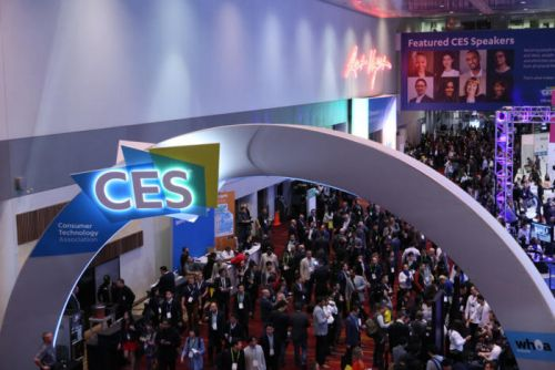 Is CES a trouble spot for Apple?