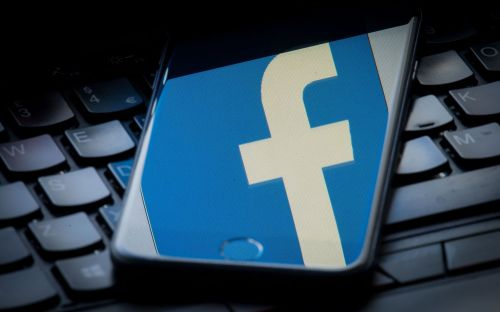Facebook failing to remove groups showing pirated films